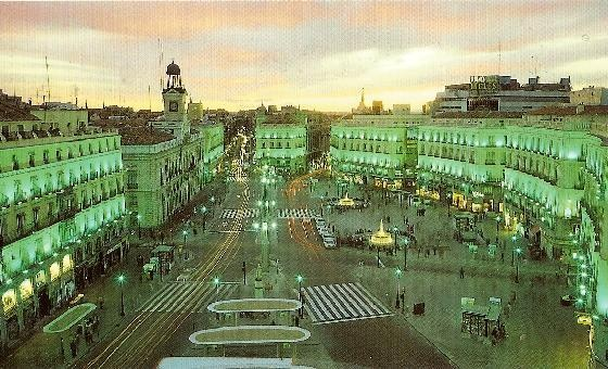 Puerta del sol in madrid spain for Hotel paris en madrid puerta del sol